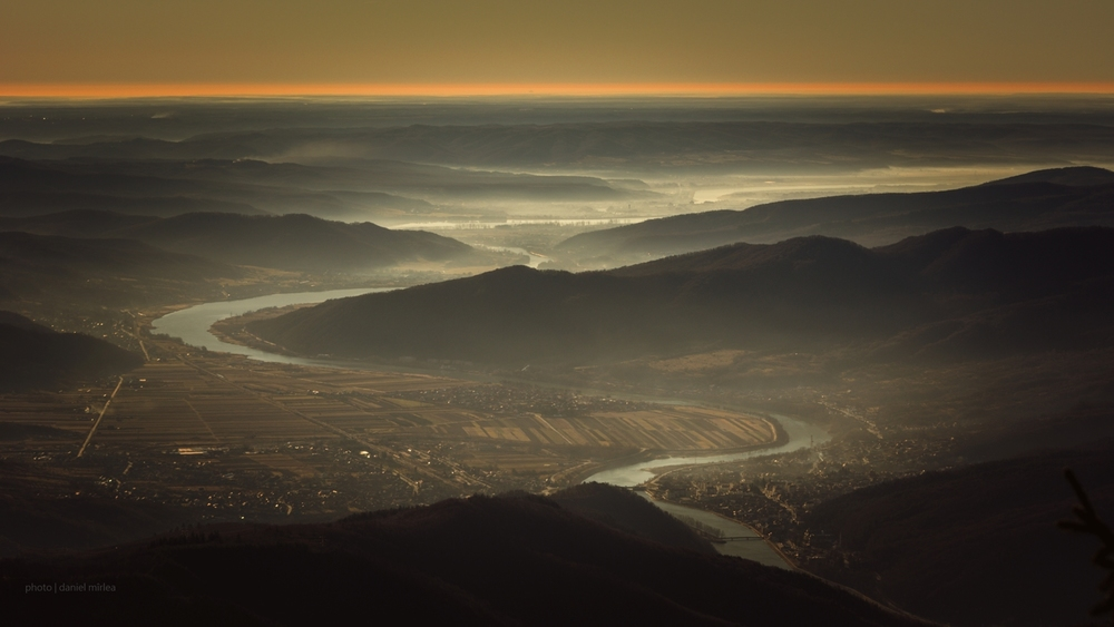 Valea Oltului - Daniel Mîrlea ©