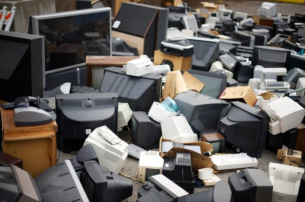 6.9 million tons or 232 million units of CRTs remain to be recovered from homes and businesses in the U.S. 85% of CRTs are projected to be collected and require management over the next 10 years. An additional 330,000 tons is reported to be currently stockpiled by processors.