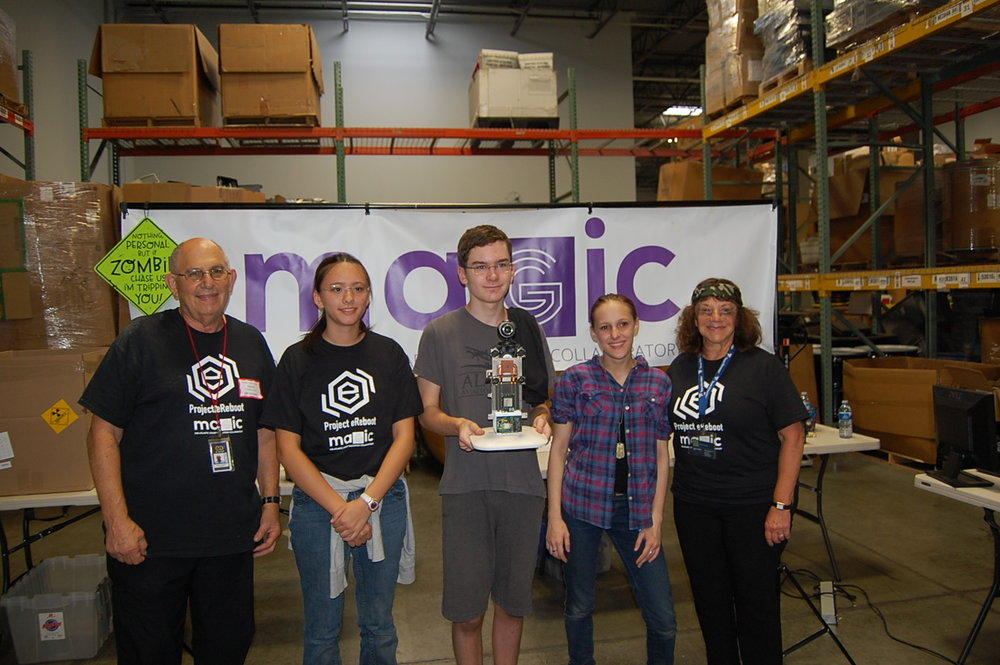 The first place team, Detemmienation, included Alana Koh, Ben Bonen, and Elizabeth Metzler. They are pictured below with Arleen and Steve Chafitz, owner and CEO of e-End.