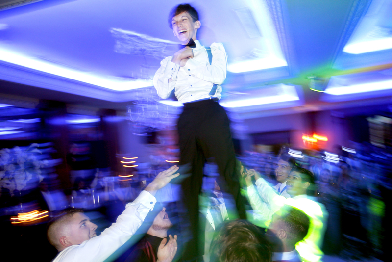 Wild Dance Floor - Spotswood High School has their 2017 prom at Ariana's Grand with students dancing to music of DJ Jay Harrison. Friday May 26, 2017. Rahway, NJ, USA