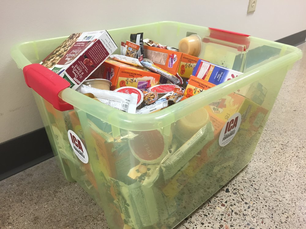 School snack bins come with individually packaged snacks so hungry kids can grab and go!