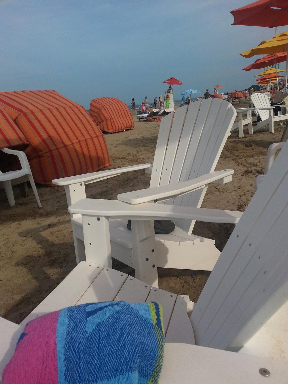 beach bench chair.jpg
