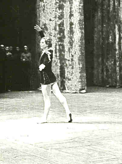 """1958 LEO'S GRADUATION AT KIROV THEATRE IN """"PEASANT PAS DE DEUX"""" - WEARING A WIG AND AN OLD COSTUME OF KONSTANTIN SERGEYEV. NOTICE THAT THOSE DAYS MEN DID NOT POINT THE TOES IN THE BACK!"""