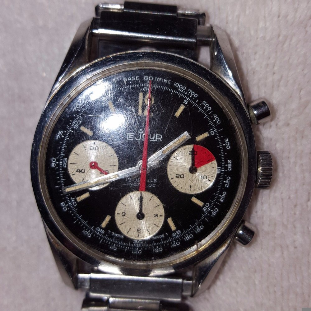 This is pretty much an ideal vintage chrono hunter's listing - great watch, bad pictures and bad description.  Click through to the full eBay listing for details.