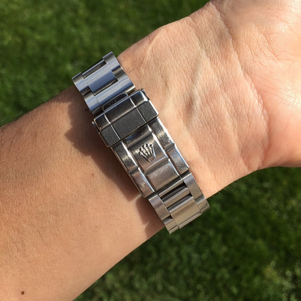 The last of the 14270 Explorer's had the flip lock oyster bracelets and no lug holes in the case.