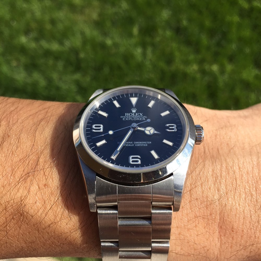 Gloss dial with white gold hour surrounds and sapphire crystal.