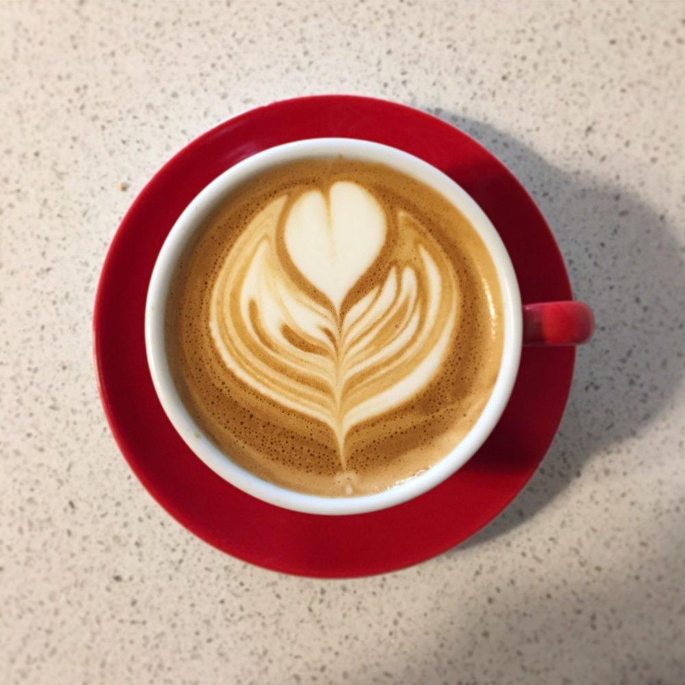 Maqunia Coffee Colombia Cappuccino.JPG