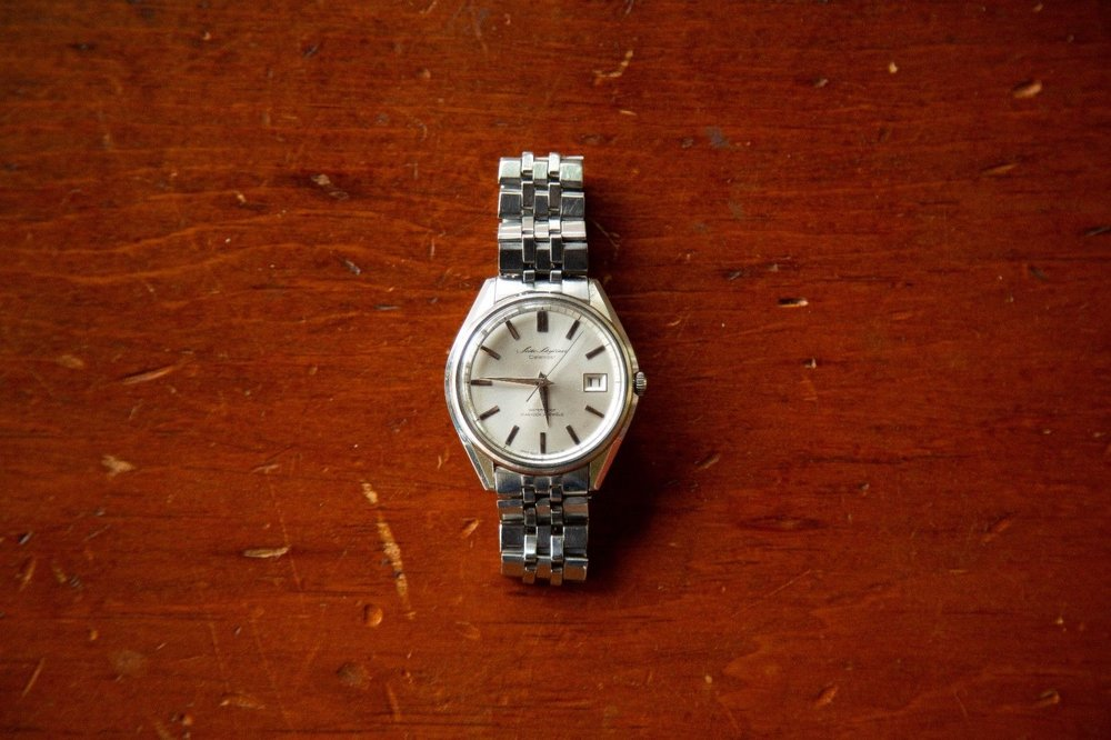 Great sharp, angular case, with beveled dial furniture and original jubilee-esque bracelet.  Photo from eBay listing, click through for more details.