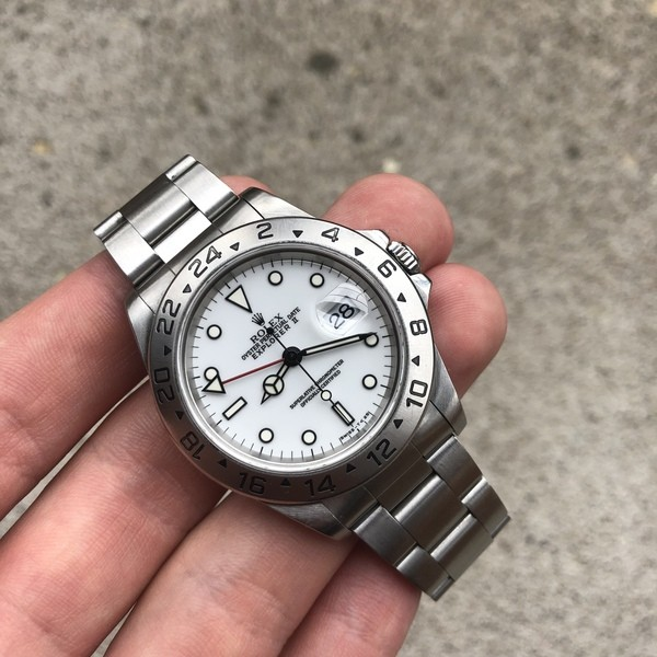 Very clean and pure Rolex tool watch that also happens to be the last of Tritium dials.  Photo from FS listing on rolexforums, click through for more information.