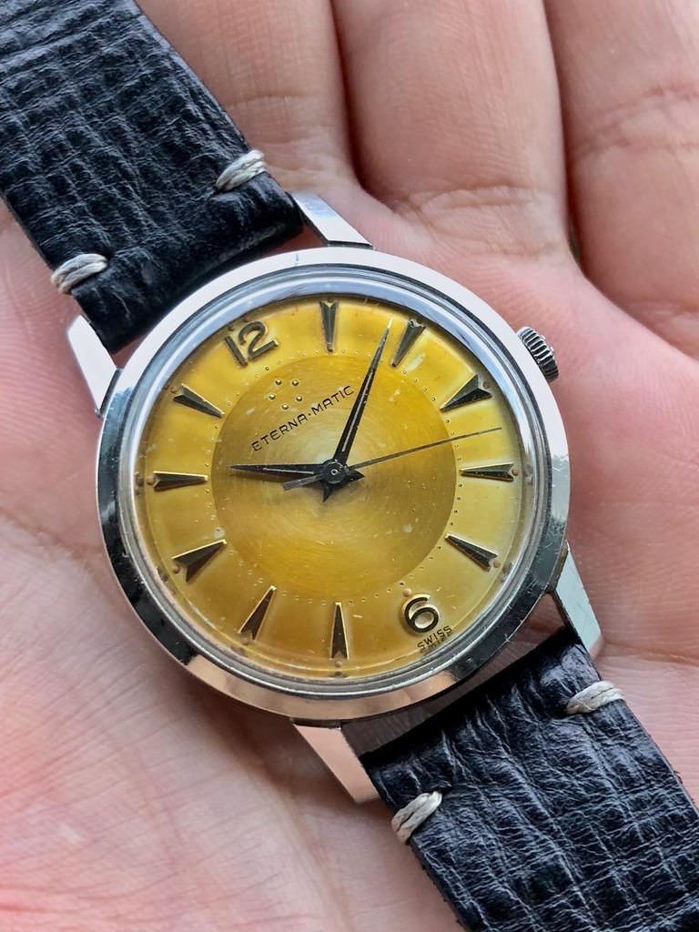 Maybe not for everyone, I personally find this pretty even radium burn dial to be very charming and attractive. Photo from ChronoTrader FS listing, click through for more details.