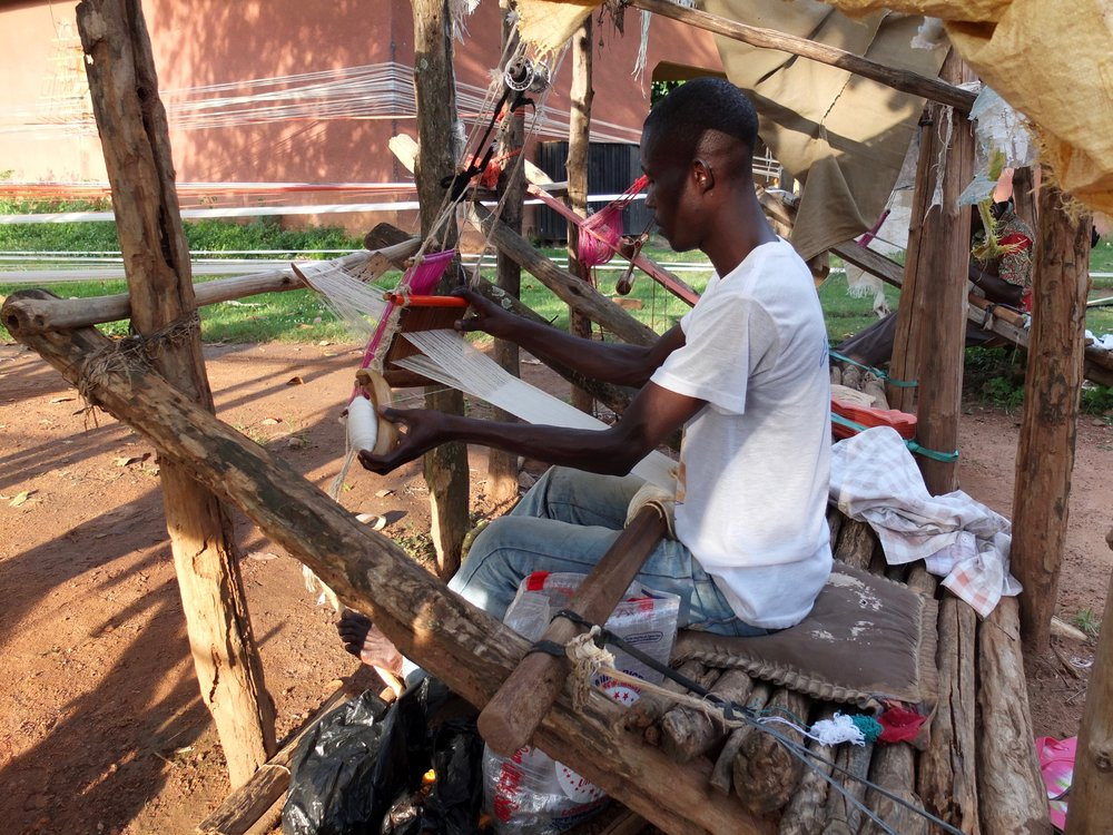 Weaver at Waraniéné