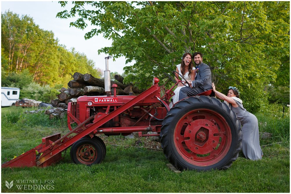 85_171_tai_josh_the_homestead_rest_be_thankful_farm_lyman_maine_photographer_whitney_j_fox_weddings_0523.jpg
