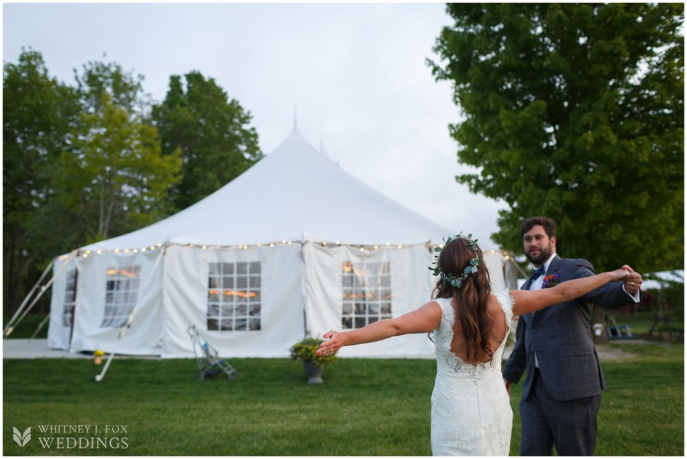 92_100_181_tai_josh_the_homestead_rest_be_thankful_farm_lyman_maine_photographer_whitney_j_fox_weddings_.jpg