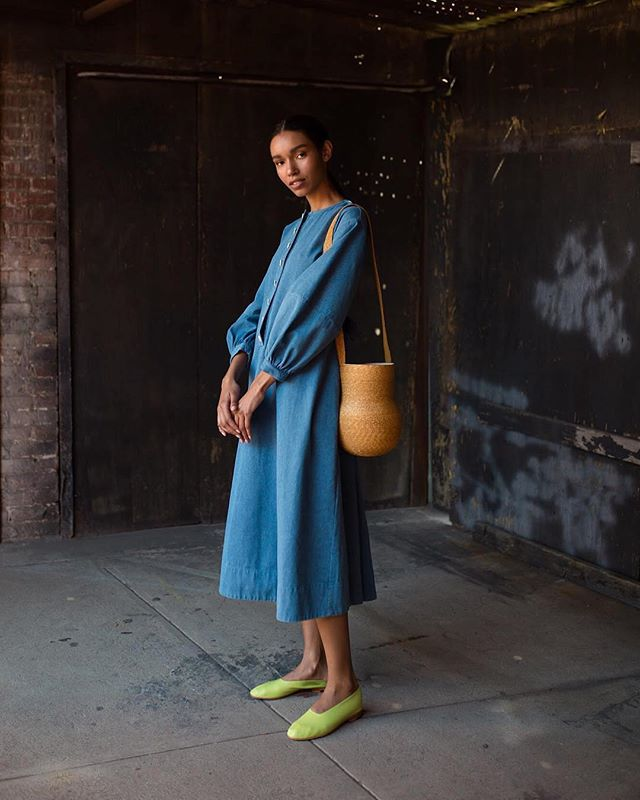 ⠀ ⠀ Today's #WearNatural style 📷 @mohawkgeneralstore ⠀ ⠀⠀ • 👕 @mrlarkin Miller Dress (100% cotton)⠀⠀⠀ • 👜 @samujistudio Vasella Bag (100% straw & cotton)⠀⠀ • 👞 @martinianoshoes Glove Shoe (100% leather)⠀ ⠀ Tag @WearNatural and #WearNatural to be featured⠀ .⠀⠀⠀ .⠀⠀⠀ .⠀⠀⠀ .⠀⠀⠀ .⠀⠀⠀ #AllNatural #NaturalClothing #Biodegradable #Sustainable #SustainableStyle #EcoFashion #GreenFashion #SustainableFashion #SustainableLiving #SustainablyChic #ZeroWaste #ZeroWasteLifestyle #ZeroWasteLiving #ZeroWasteFashion #ZeroWasteStyle