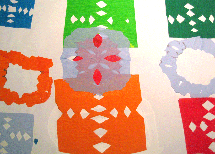 Este ejemplo, con cortes sencillos, recuerda al papel picado de las fiestas.