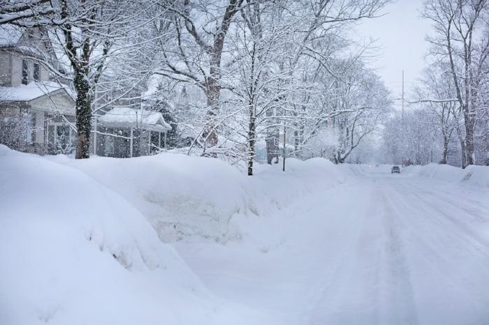 snowy-street.jpg