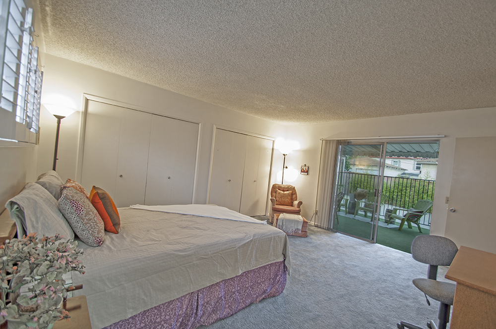 14-4353-York_Bedroom2_web.jpg