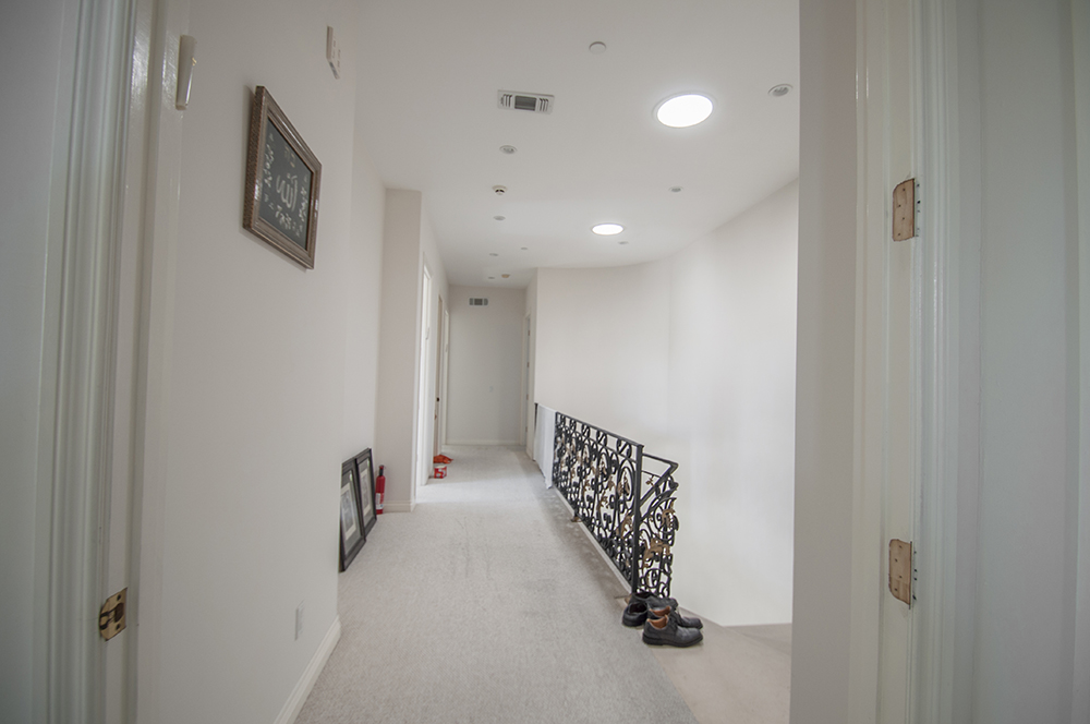 8-Hallway_web.jpg