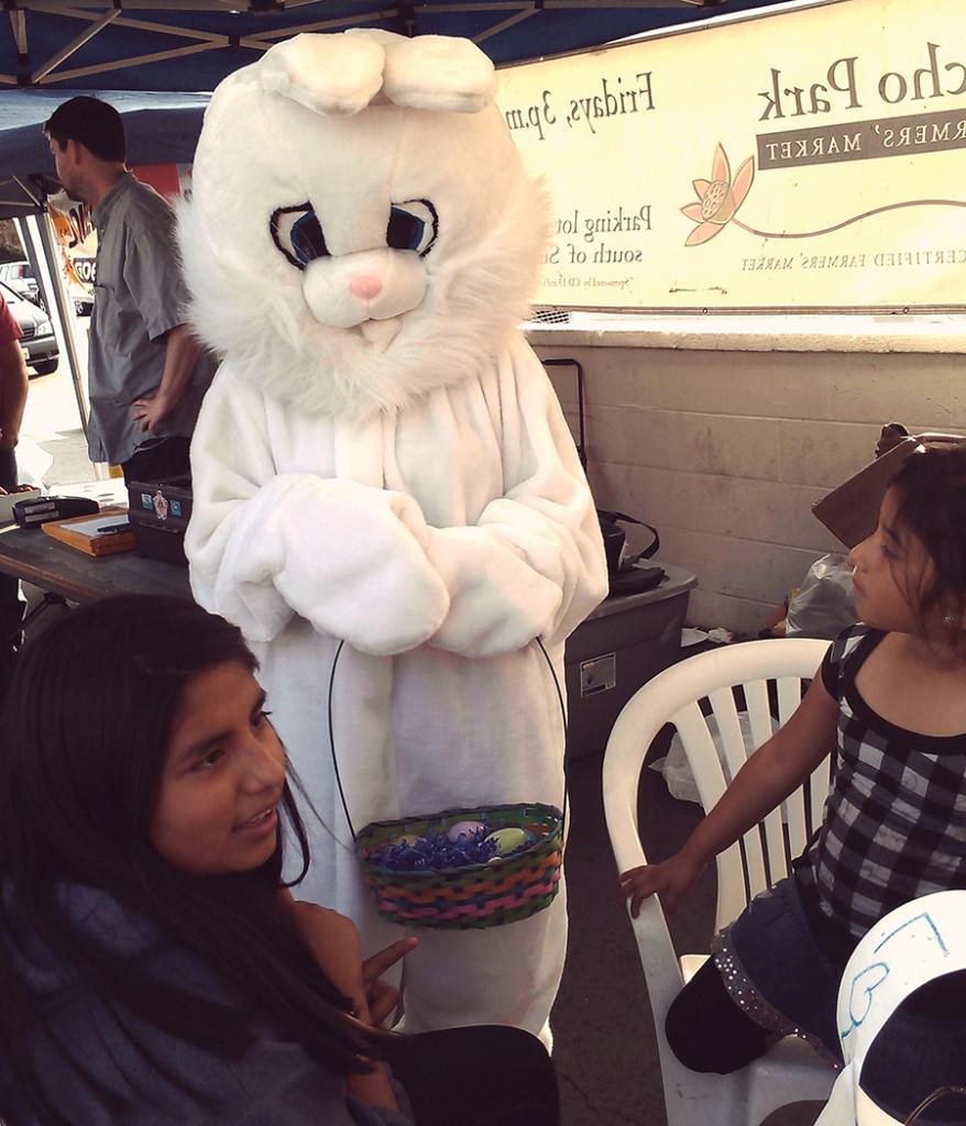 EchoParkFarmers-Easter
