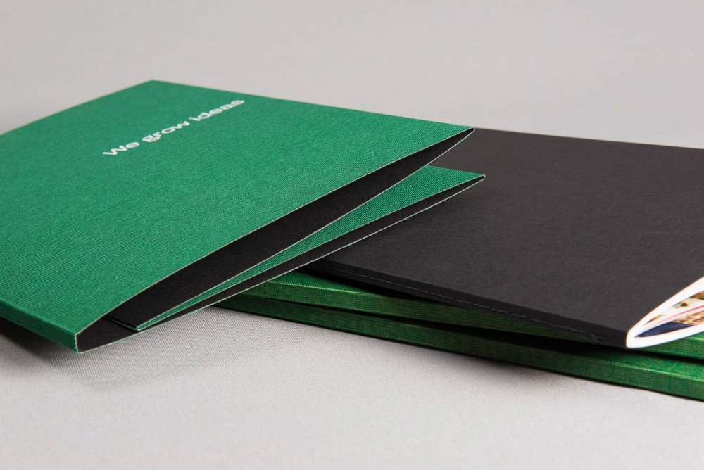 Green+linen+book+cover+black+dustjacket.jpg