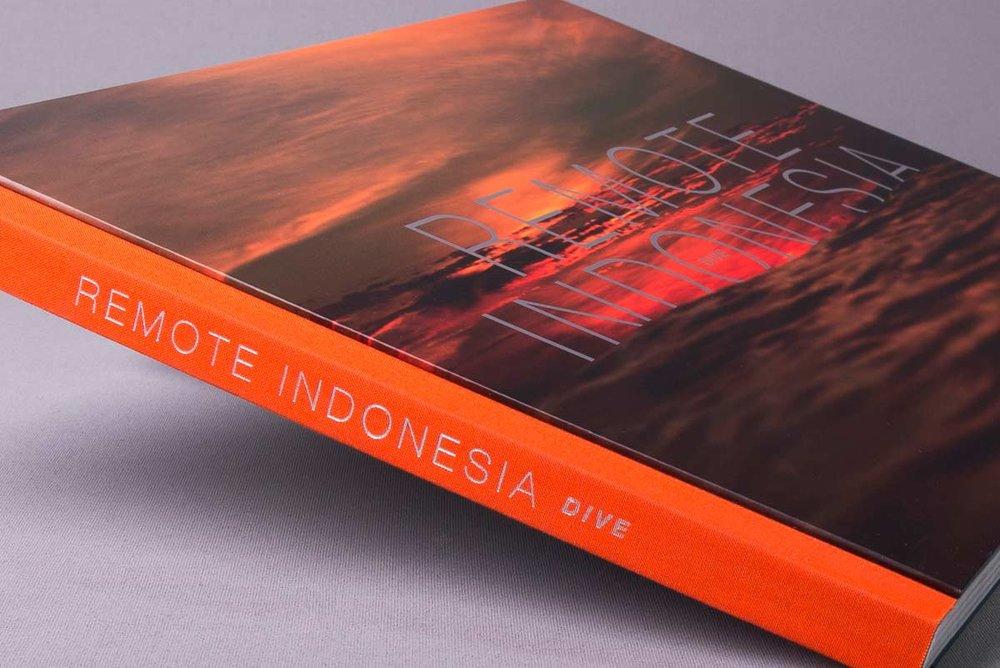 remote_indonesia_dive_custom_case_bound_book_foil_spine.jpg