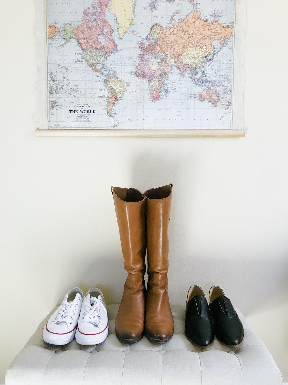 minimalism minimalist simple living world map travel