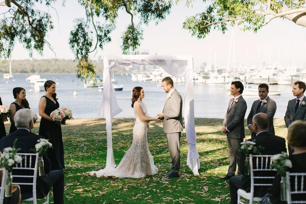 22-riverside-wedding-matilda-bay.jpg