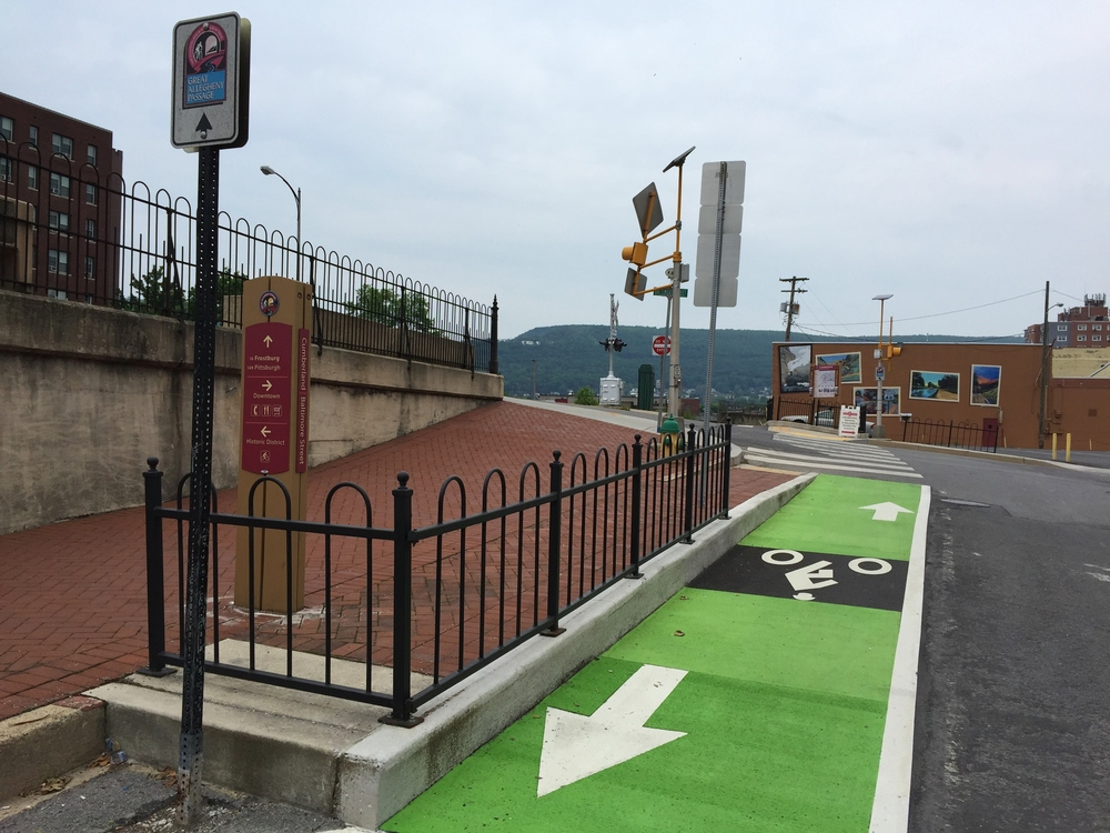 New bicycle lane crossing in Cumberland