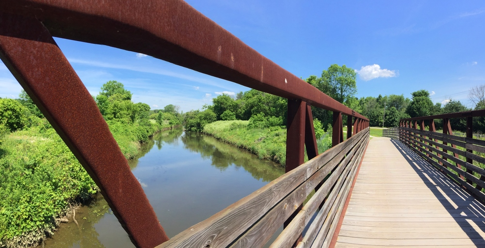 Bridge over the T  uscarawas River