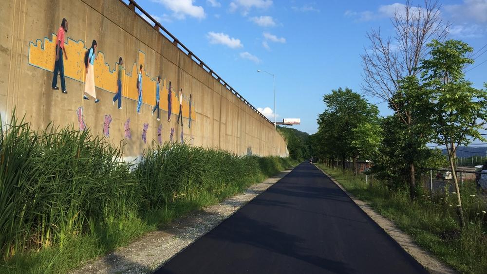 Eliza Furnace Trail mural