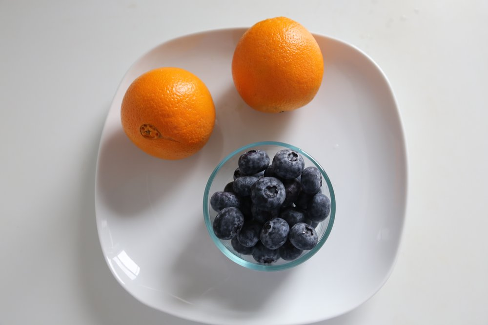 What you'll need:    1-2 oranges, sliced    1 handful of blueberries