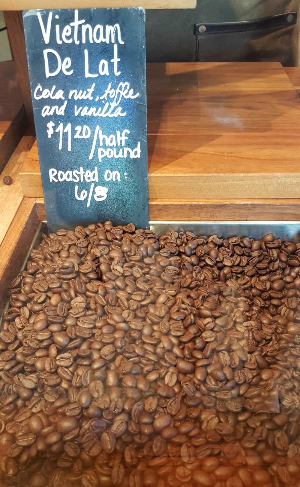 1 - 1 - 20150608_173556[1] whole bean vietnam de lat.jpg