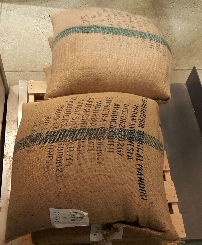 1 - 1 - 20150829_065113[1] burlap sacks Sumatra Longberry.jpg