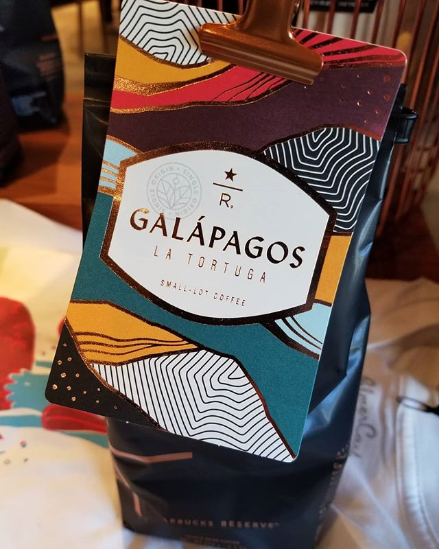 This new coffee from the Galapagos islands is now available at the Roastery. This coffee has a very special history. Have you ever wondered 'What was the very first Starbucks coffee to be branded with the star R?'. 'What coffee kicked off the modern Starbucks Reserve line of coffees?' Well back in August 2010, it was a Galapagos islands coffee which inaugurated the Star R Reserve brand. And it's been 8 years since we've seen anything from Gallo islands in the Reserve lineup. #themoreyouknow #StarbucksReserve #galapagos