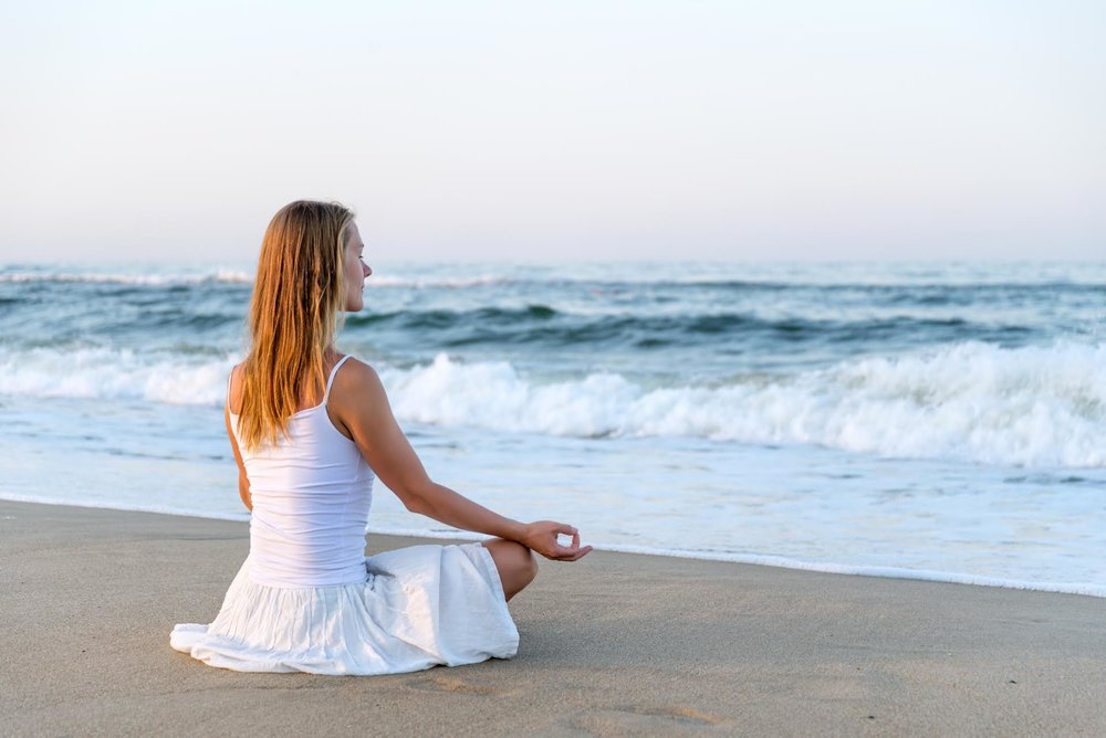 stillness_mindfullness_meditation-beach.jpg