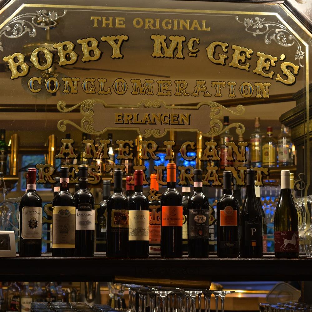 Bobbys Restaurant Bar 2.jpg