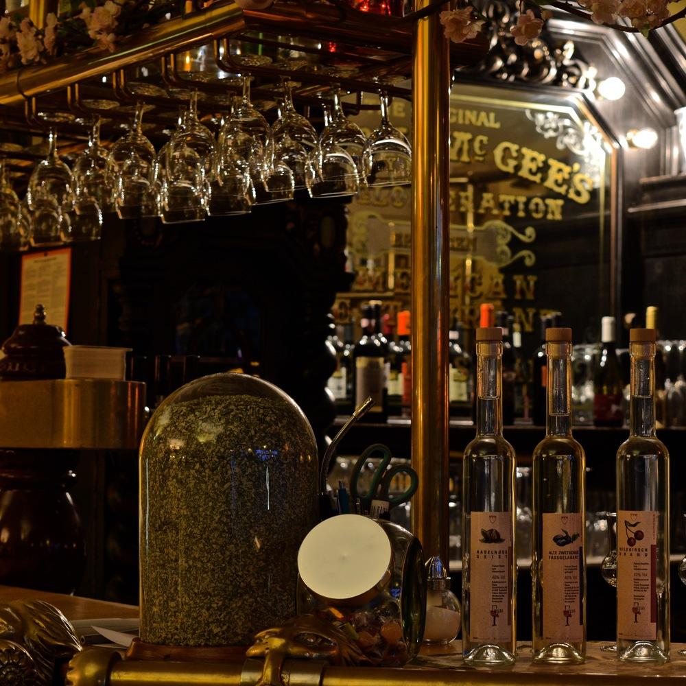 Bobbys Restaurant Bar.jpg