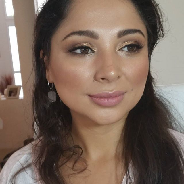 Her inner beauty shone through so much  Not just beautiful on the outside 😍  #truebeautycomesfromwithin #beautifulinsideandout #weddingmakeupartist #makeupartist #makeup #columbianbeauty #sophia #stunner #weddingmakeup #naturalbeauty #bridesmaid #jessicacagney #noretouchingneeded #nofilter #ilovemyjob #ilovemakeup #makingeverydaywomenbeautiful