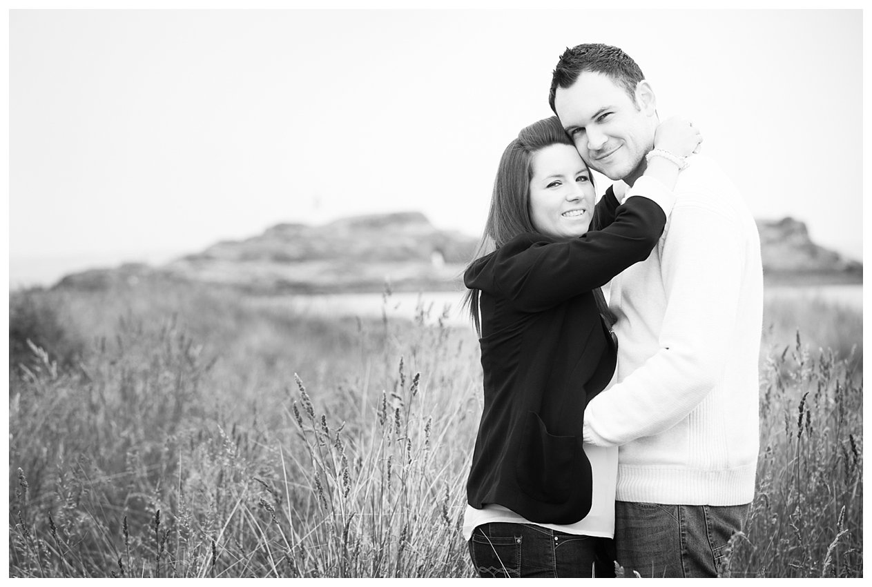 Yvonne & Ross E-Session Yellowcraigs-2.jpg
