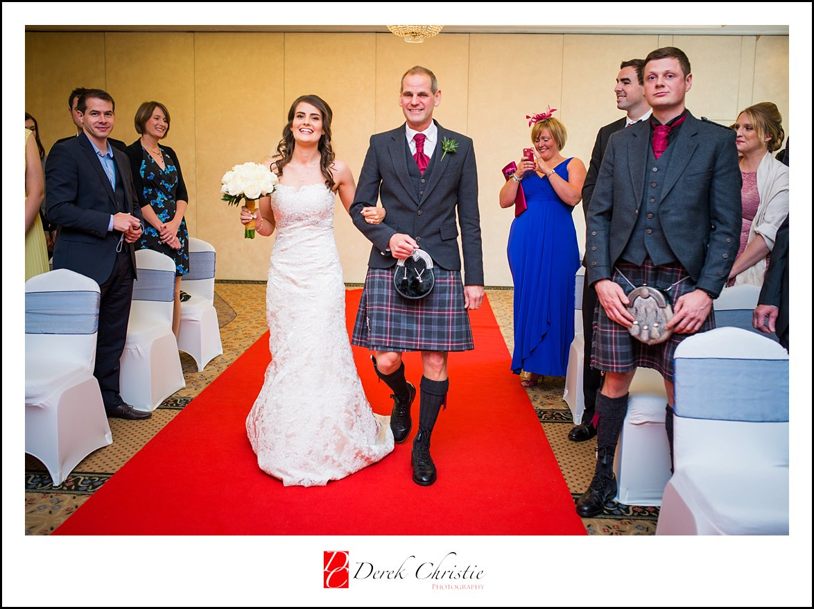 Glenskirlie Wedding Photography Robertson_0007.jpg