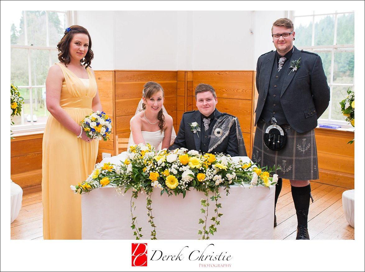 New Lanark Wedding Photography Lorna & Calum_0016.jpg