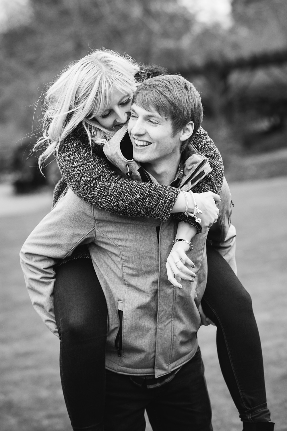 Amy & Kyle E-Session-33.jpg
