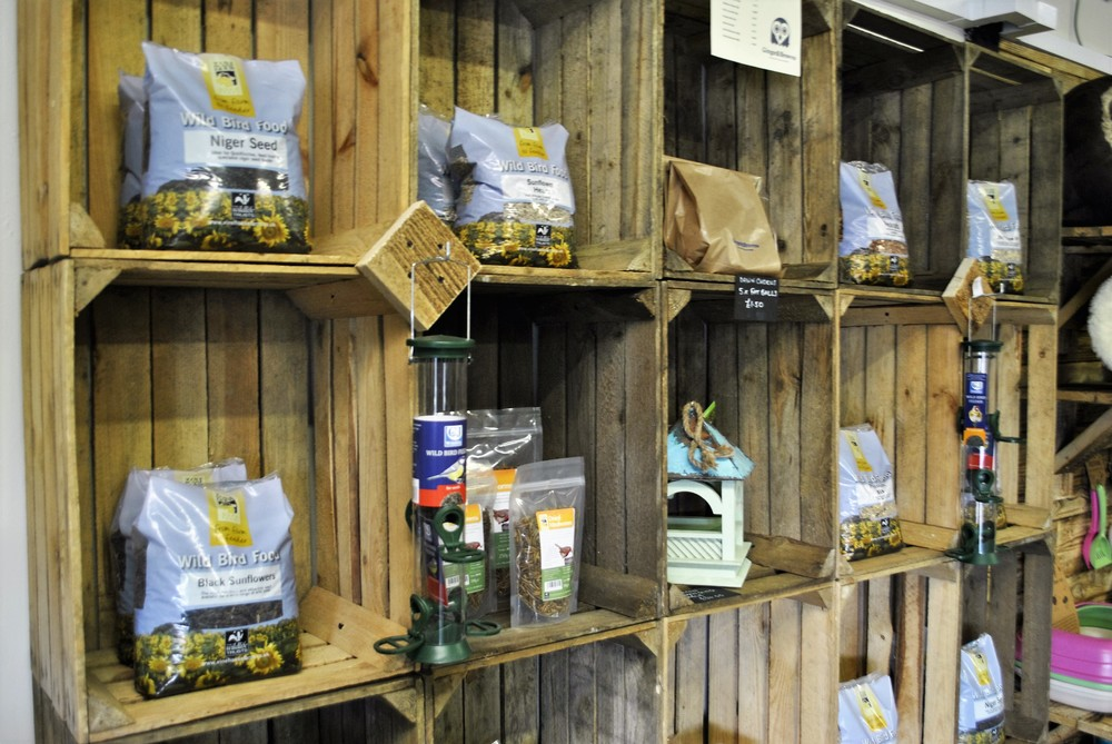 Wildlife food and bird seed for sale at Ginger&Browns pet shop in Northwich, Chester near Chester, Winsford, Frodsham. Shop in store or buy online.