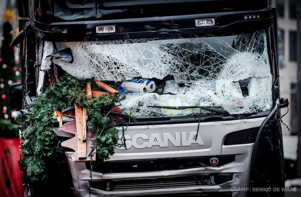 De vrachtwagen die werd gebruikt bij de aanslag op een kerstmarkt in Berlijn.