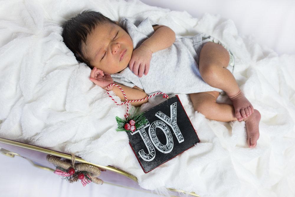 Dominic Newborn-121.jpg