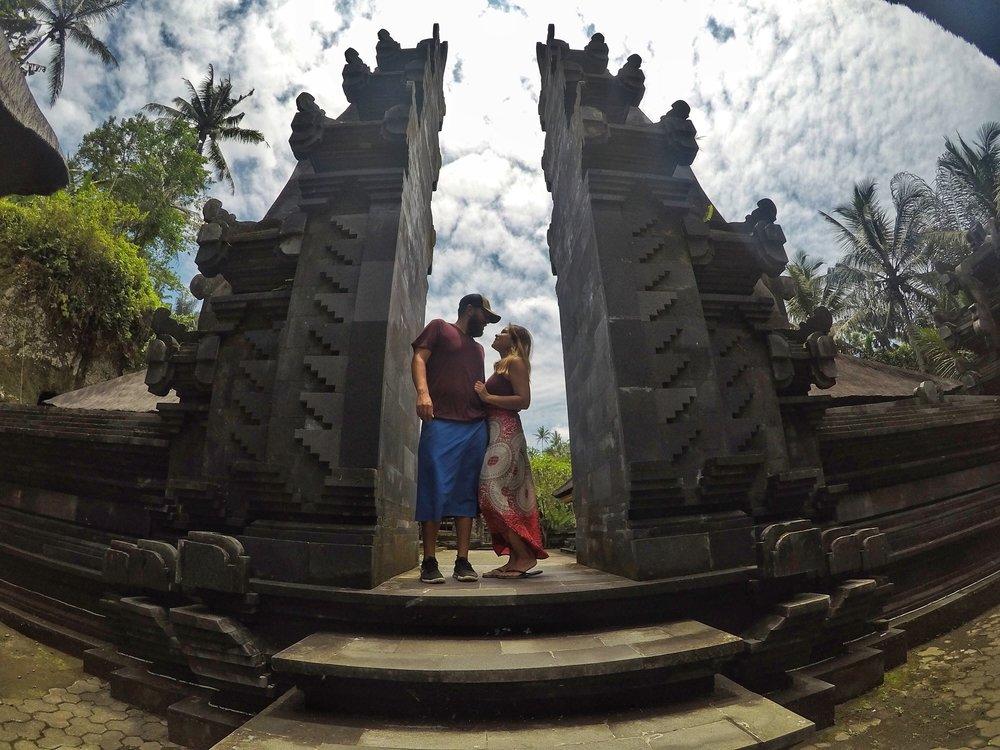 Holy Temple Pura Tarta Empol