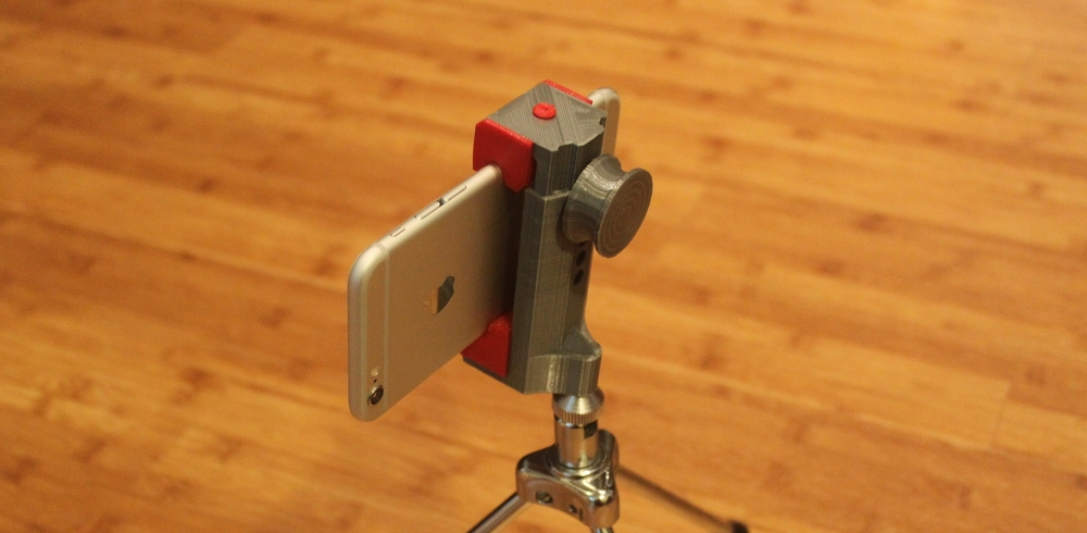 Universal Smartphone Tripod Mount