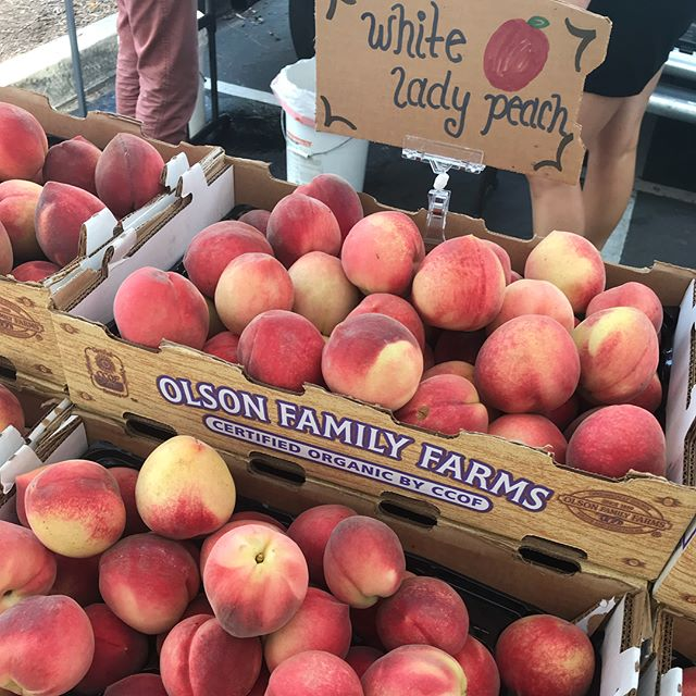 A few things to love from today's farmers market visit #whitepeaches #plums #microgreens.  All organic, of course 🌱#thriveanddineapproved #thriveanddine #eatlocal #farmersmarket #supportyourfarmers