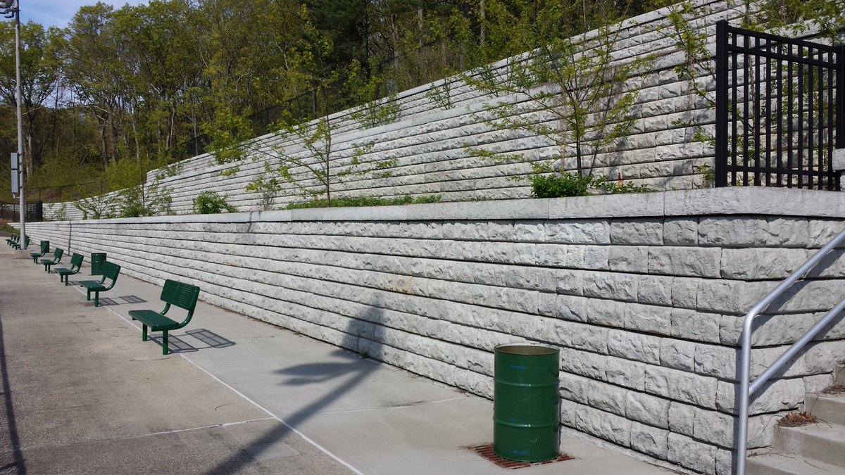 b242e3a3f ReCon støttemur — Ulstein Betongindustri