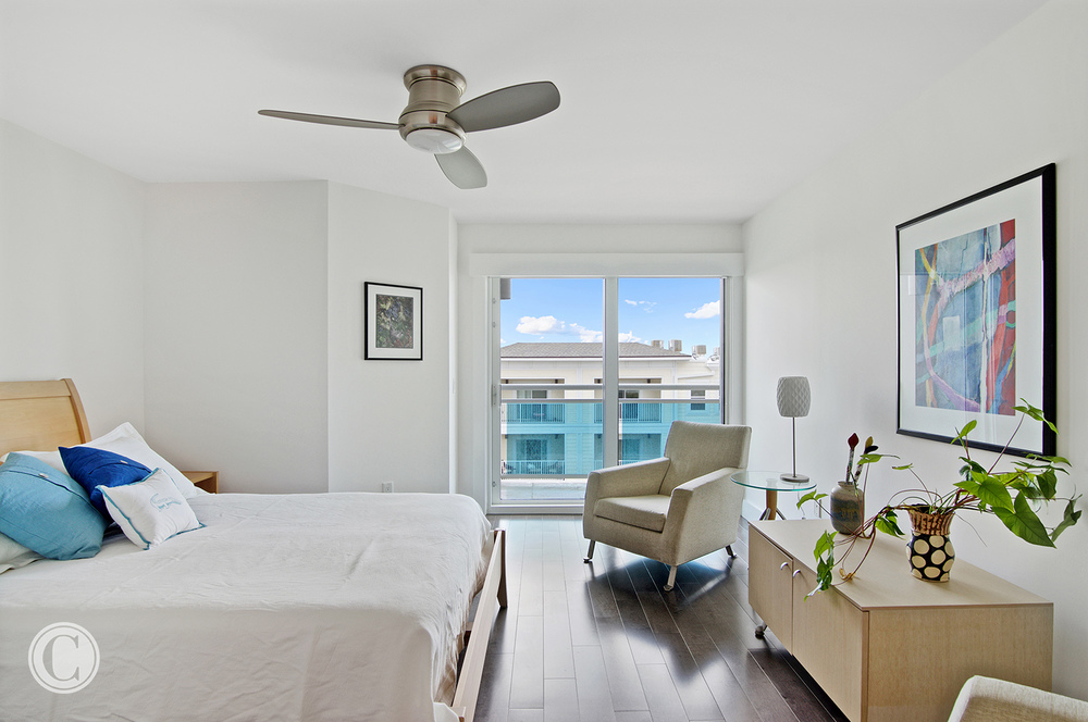Jax Bch. Renovation, Acquilis Condominium, Guest Room, ©Wally Sears Photography